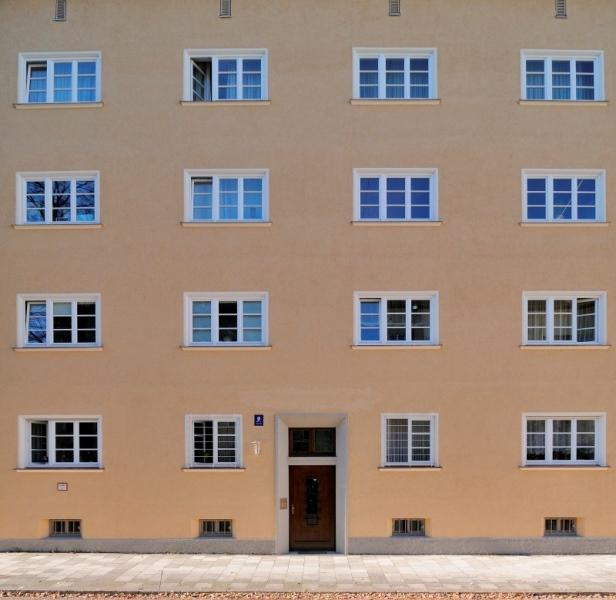 Apostelblöcke nach der Sanierung 2011 3. BauabschnittGEWOFGArchitekturbüro http://www.hechenbichler.info/?????????